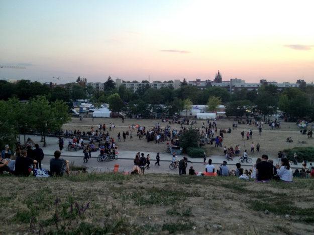 Mauerpark Berlin sunday evening