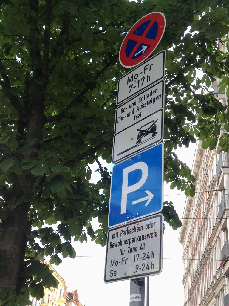 typical parking sign berlin
