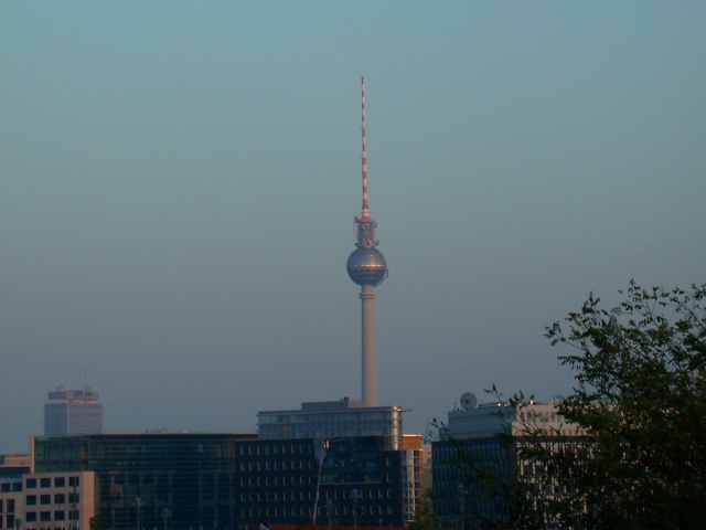 Berlin TV Tower / Berlin Skyline