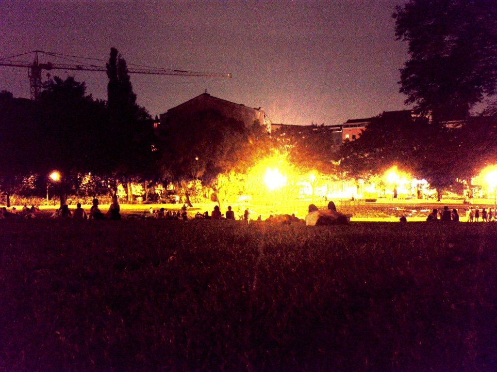 photo: Berlin Mitte Weinbergspark Party Chill-out