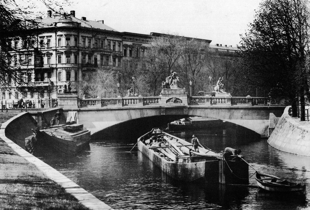 Historical Photo Berlin Tiergarten Hercules bridge