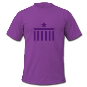Berlin T-Shirt purple purple Brandenburg Gate Star Logo