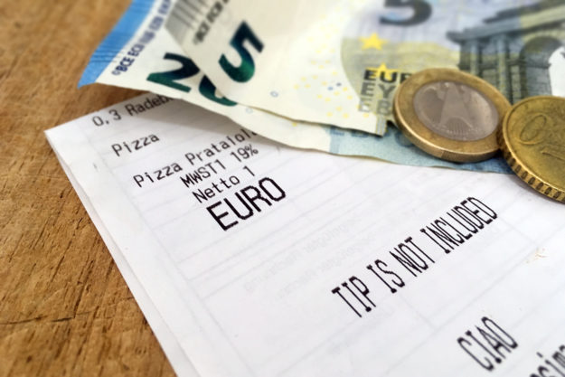 Tipping in Berlin: Tip is not included